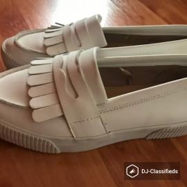 White loafers unused Bershka
